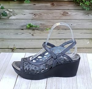 Naot Deluxe Slingback Sandals Mary Jane Peep Toe